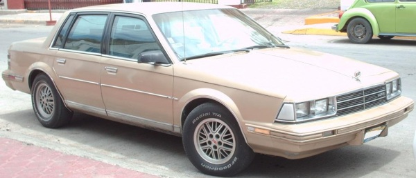 '83_Buick_Century_Sedan