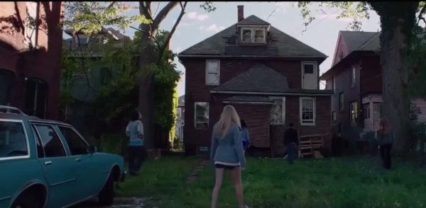 It Follows - Detroit
